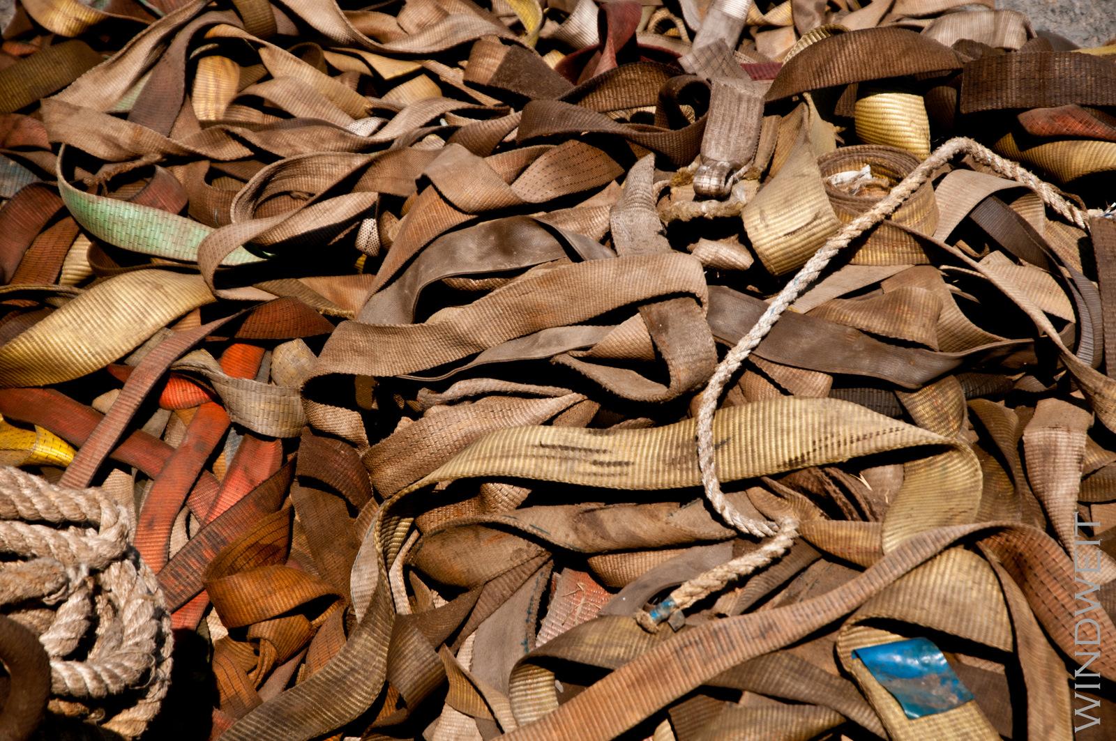Seile und Taue und Bänder